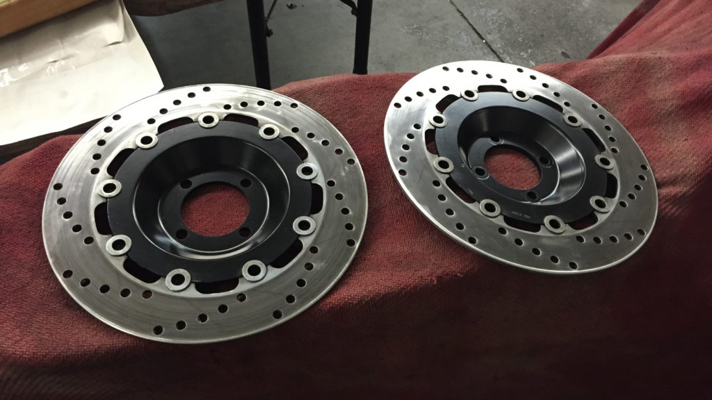 Front brake discs with black center