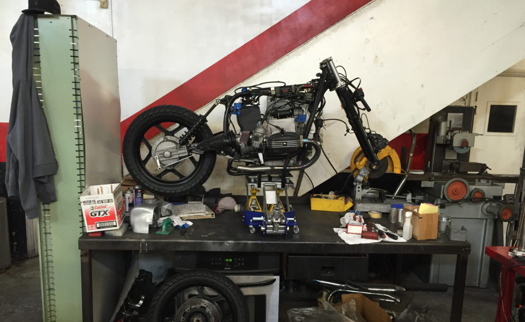 BMW R100RS down at Osh's shop