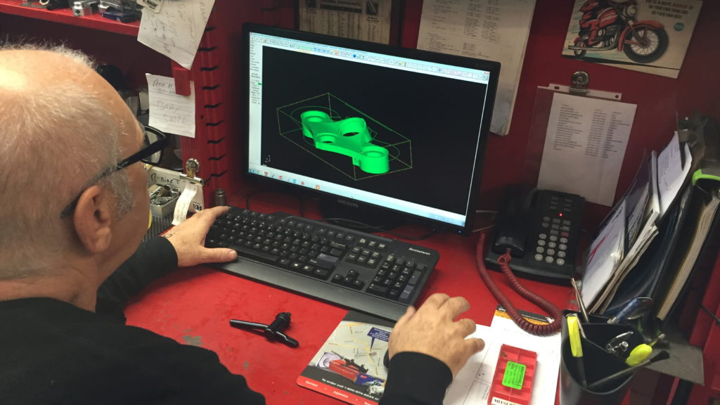 Osh making some tweaks to the drawing of oshmo BMW triple tree clamp