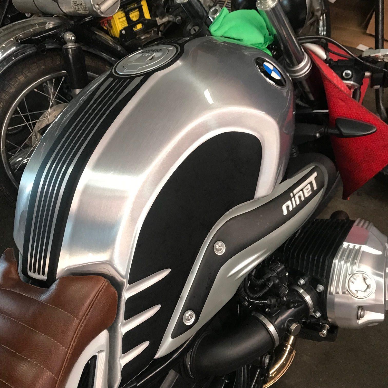 Oshmo Design R Nine T Stripe Kit On Silver Oshmo Bikes